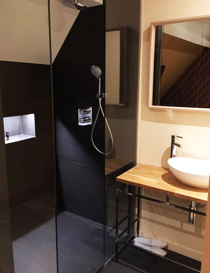 maison stout kamer met douche